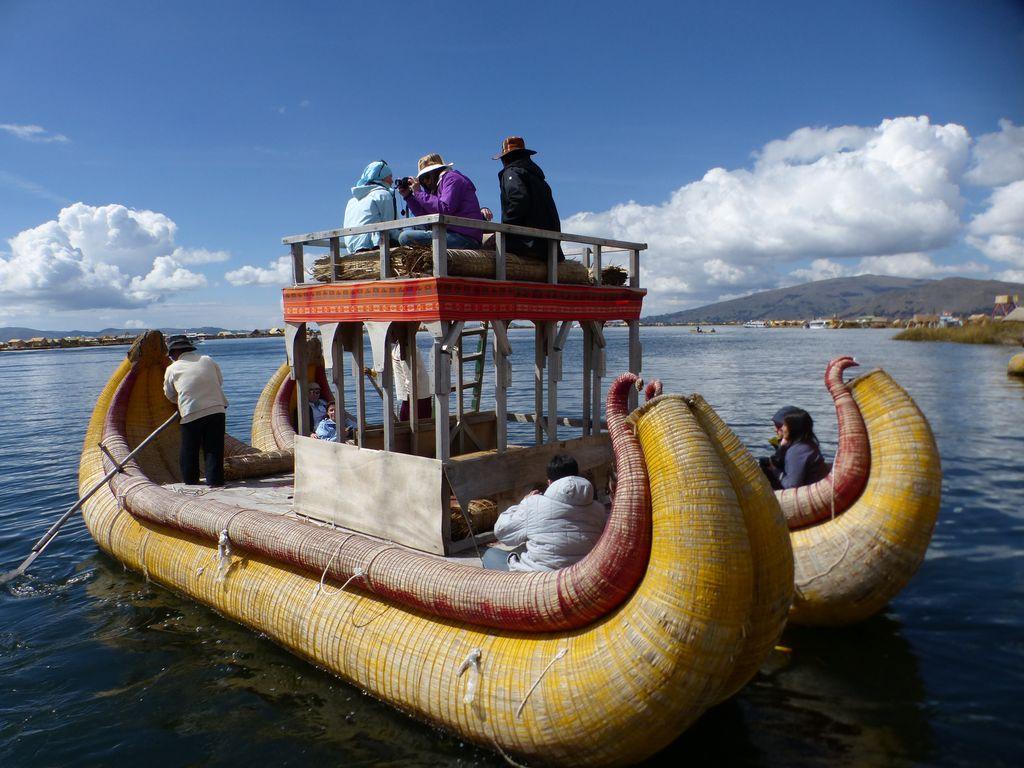 Embarcation totora