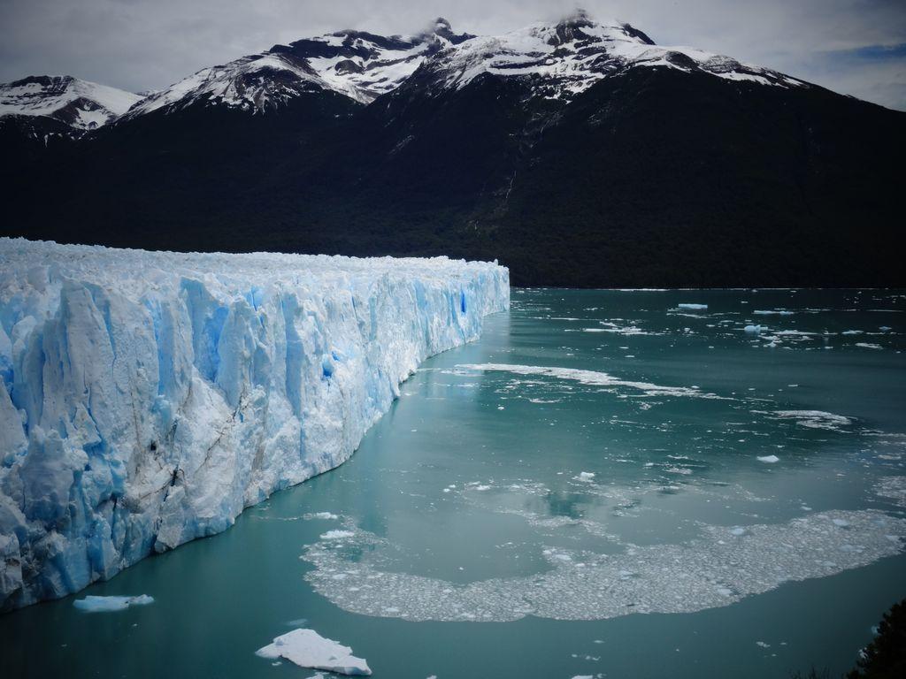 Le front glaciaire long de 5km