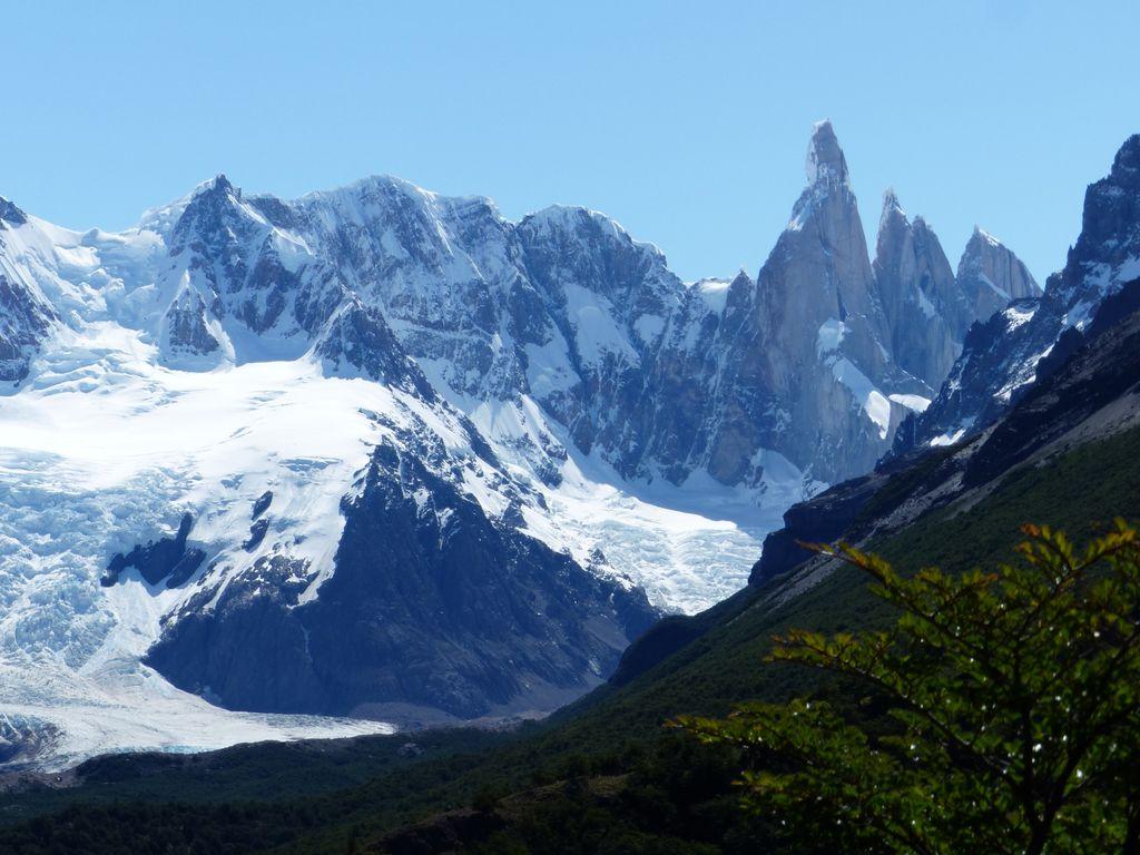 Et maintenant le Cerro Torre et son glacier