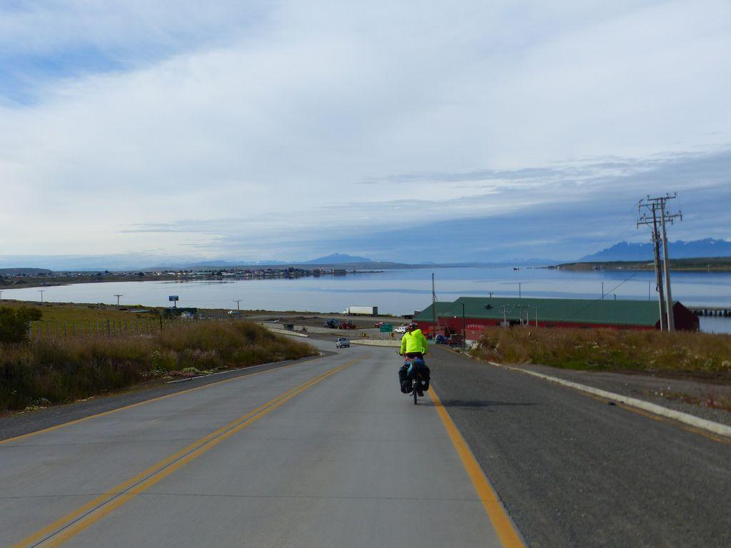 Baie de Puerto Natales, cette fois-ci à vélo !