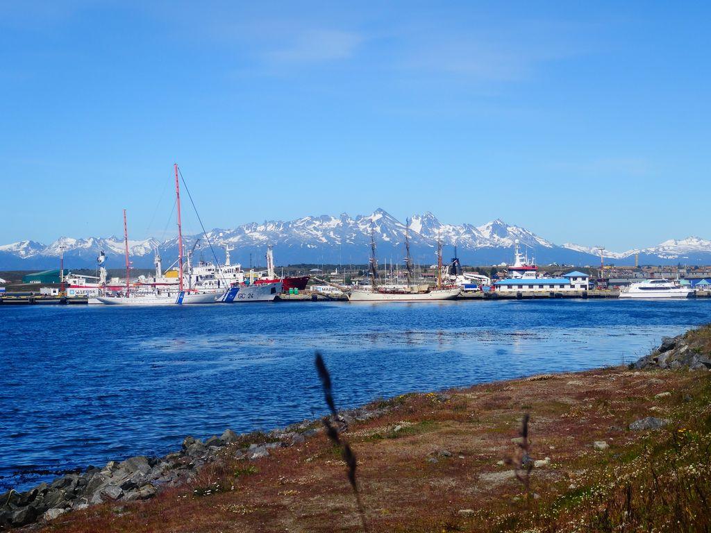 Océan, plaisance et montagnes
